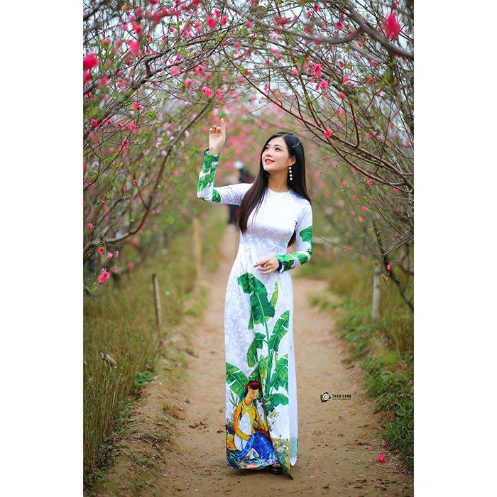 Áo dài truyền thống cô tấm